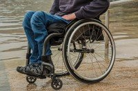 wheelchair 1595794_1920